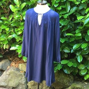 NWT Blue tunic.   Size medium.
